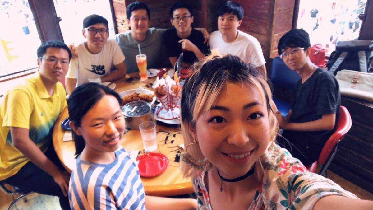 Tsinghua cohort with Alexis at dinner