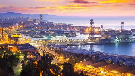 Port Vell at Barcelona in dawn