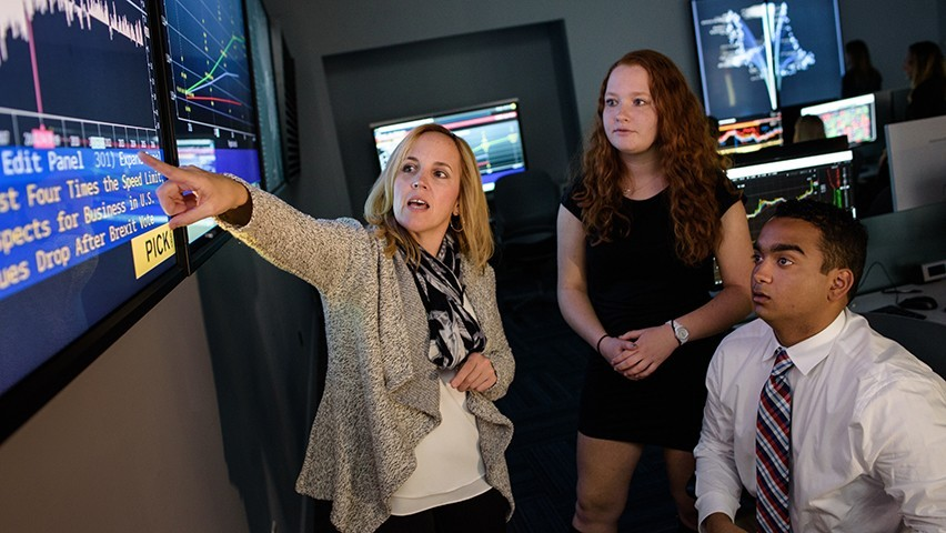 Students learn to use technology in the Hanlon 2 facility.