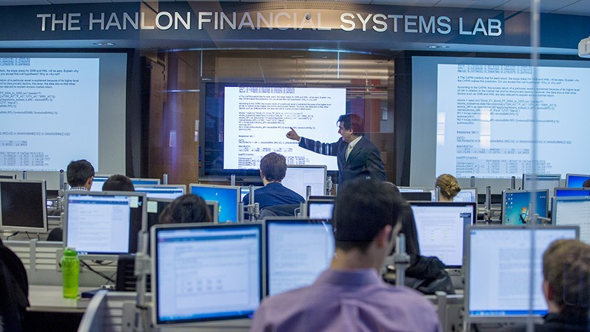 A class in the Hanlon Financial Systems Lab at Stevens.