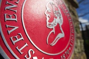 Image of the official Stevens seal