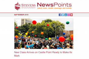 NewsPoints September 2018 Issue featuring Class of 2022 on Campus Lawn