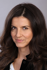Headshot of Oana Diacono